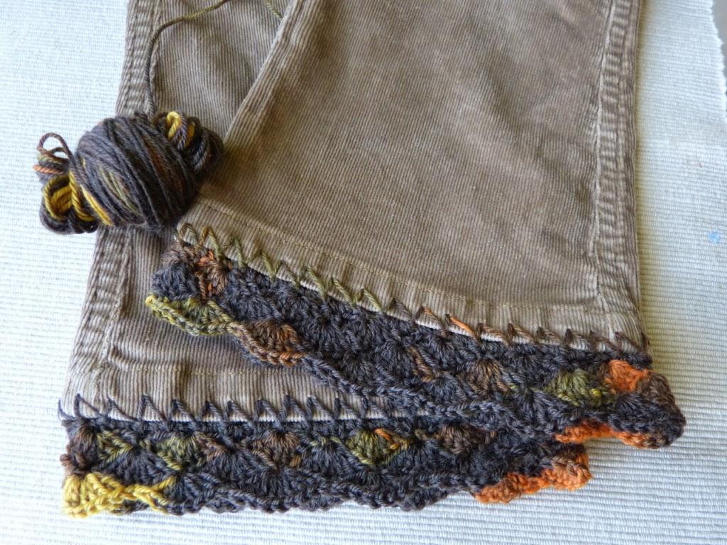 szydełkowe przedłużenie spodni, szydełkowe brzegi, ścieg muszelkowy, crocheting, bordiura szydełkowa,