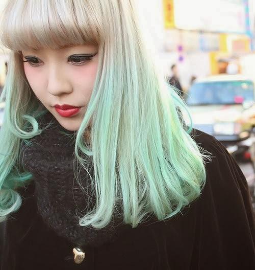 frankie savage mint green hair