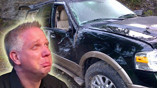 Glenn Beck totaled his jeep - boo hoo