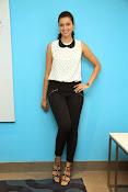 Hamsa Nandini Glamorous photos-thumbnail-10