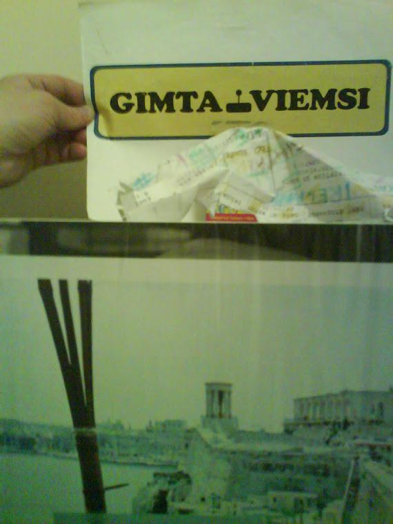 HAND MARK GIMTA VIEMSI ©