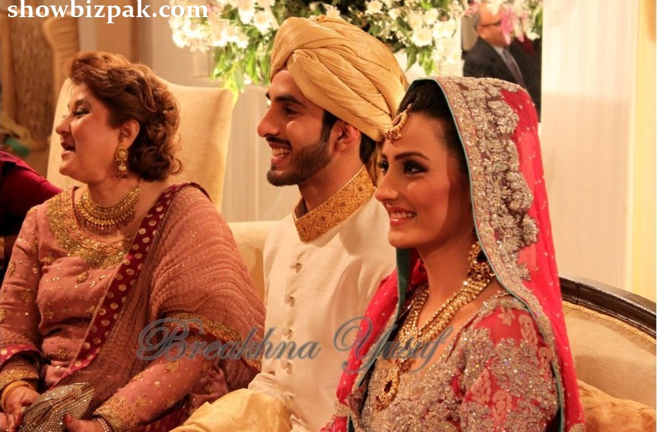 pakistani showbiz mehwish hayat in bridal wear male