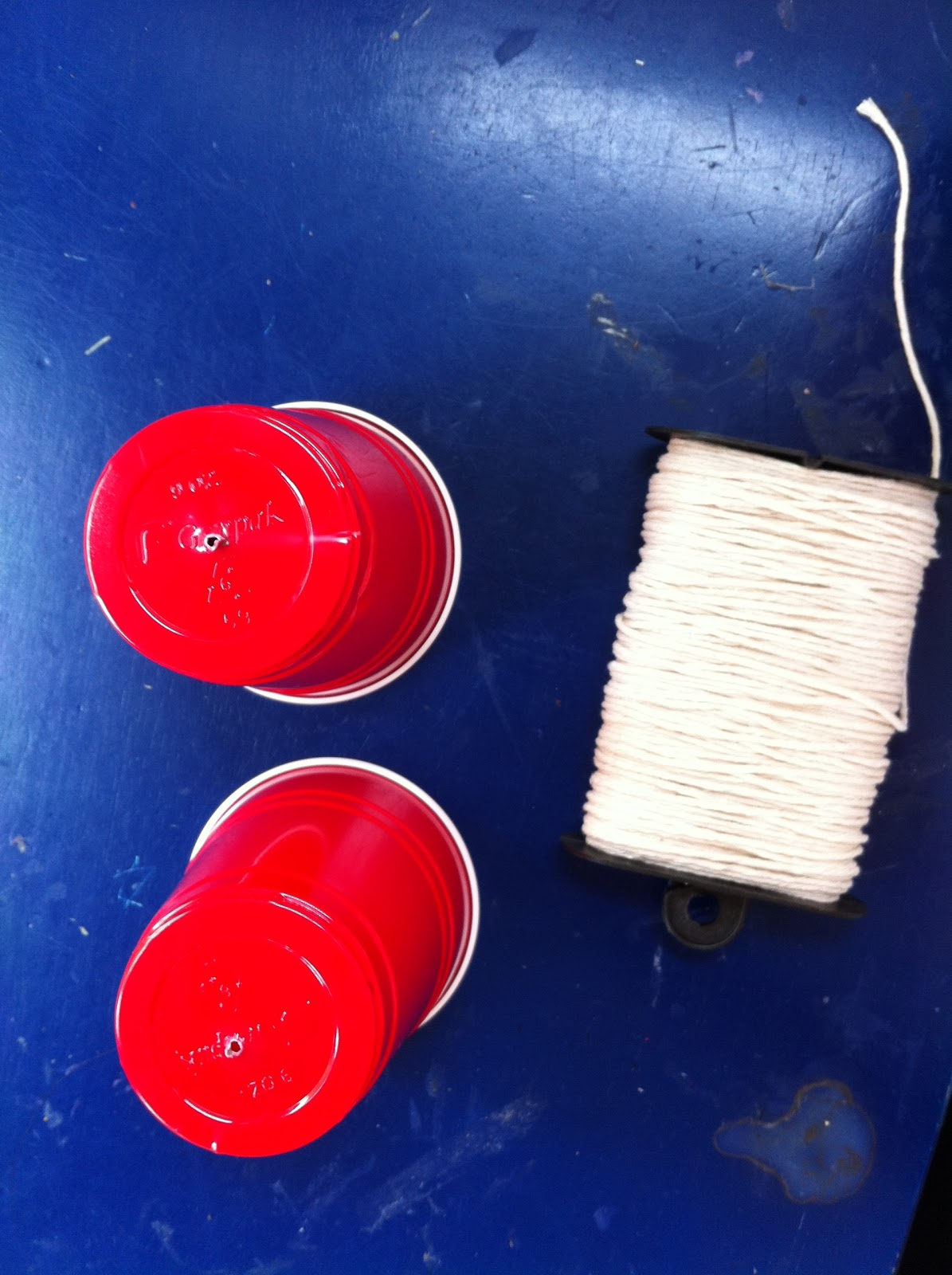 Как сделать телефоны из ниток и 816