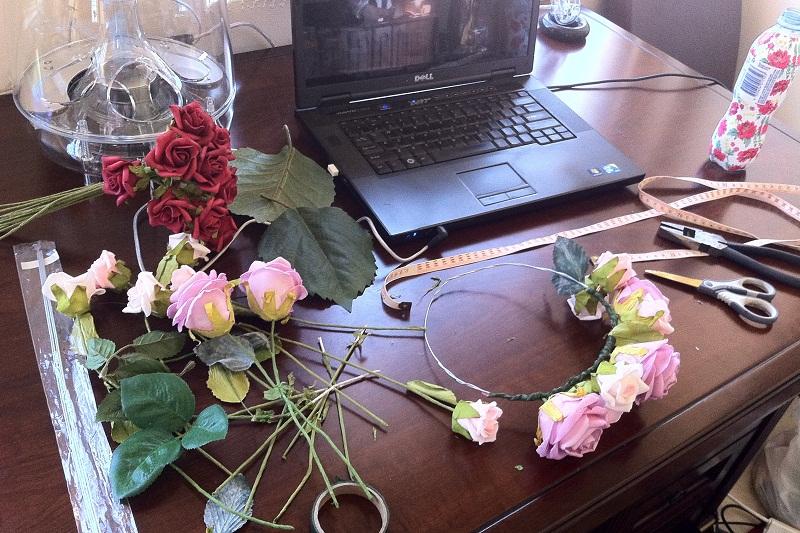 DIY, floral crown, flowers, label, Etsy, floral garland, DIY floral crown, P&P crowns
