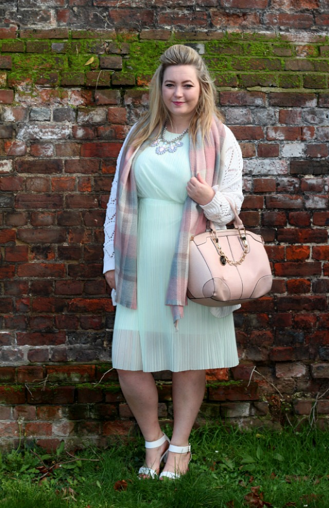 miss selfridge, mint crepe sleeveless midi dress, pastel chequered scarf, primark, silver pastel costume necklace, river island pink chain bag, primark white block heeled sandals wide fit, autumn, pastel, outfit, style, fashion