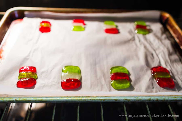 Holly Jolly Rancher Suckers are so fun to make with the kids and super easy for the holidays!  |  mynameissnickerdoodle.com