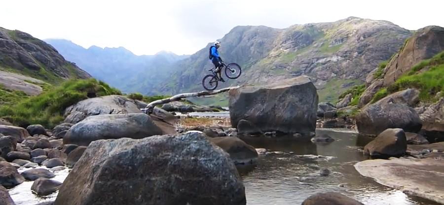 Danny Macaskill,isla de Skye,mountain bike,bicicleta de montaña