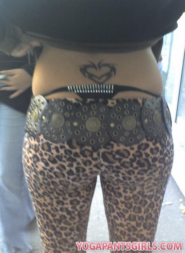 twitter girls in yoga pants. Leopard Yoga Pants