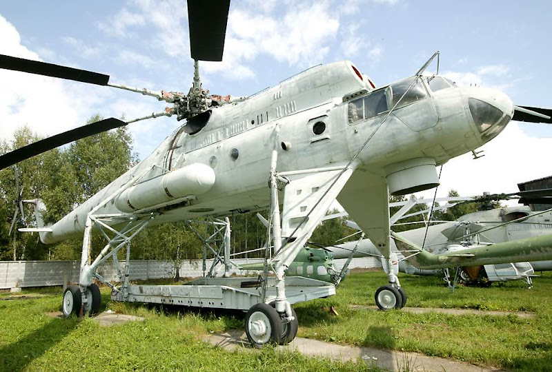 Mi-10 Harke Heavy Transport Helicopter