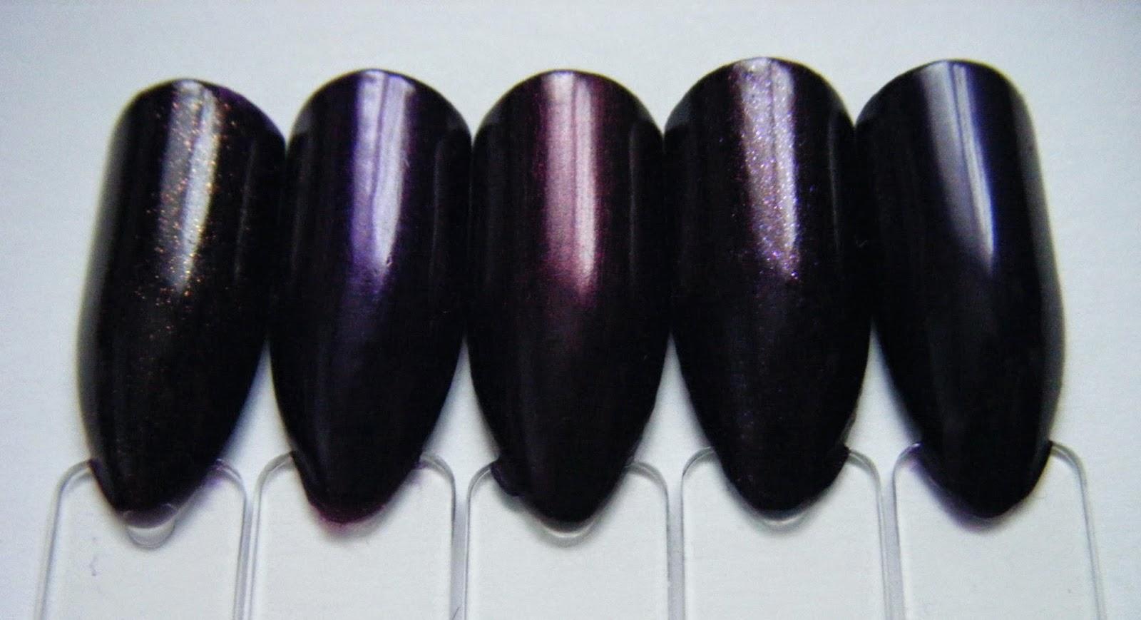 minimal make up alarmstufe violett. Black Bedroom Furniture Sets. Home Design Ideas