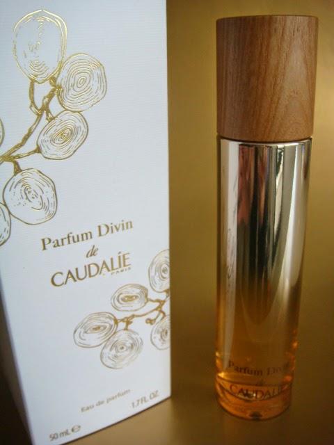 perfume divino caudalie