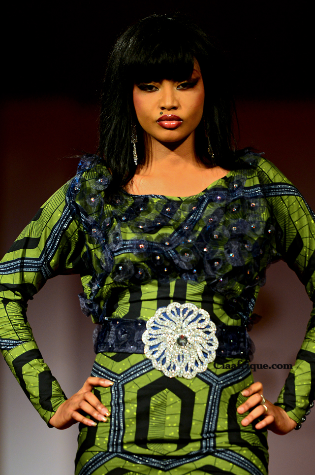 La Creatrice Togolaise   Grace Wallace a présenté sa nouvelle collection lors du Vlisco Fashion Show annuelle à Cotonou au Bénin. Collection sur ciaafrique