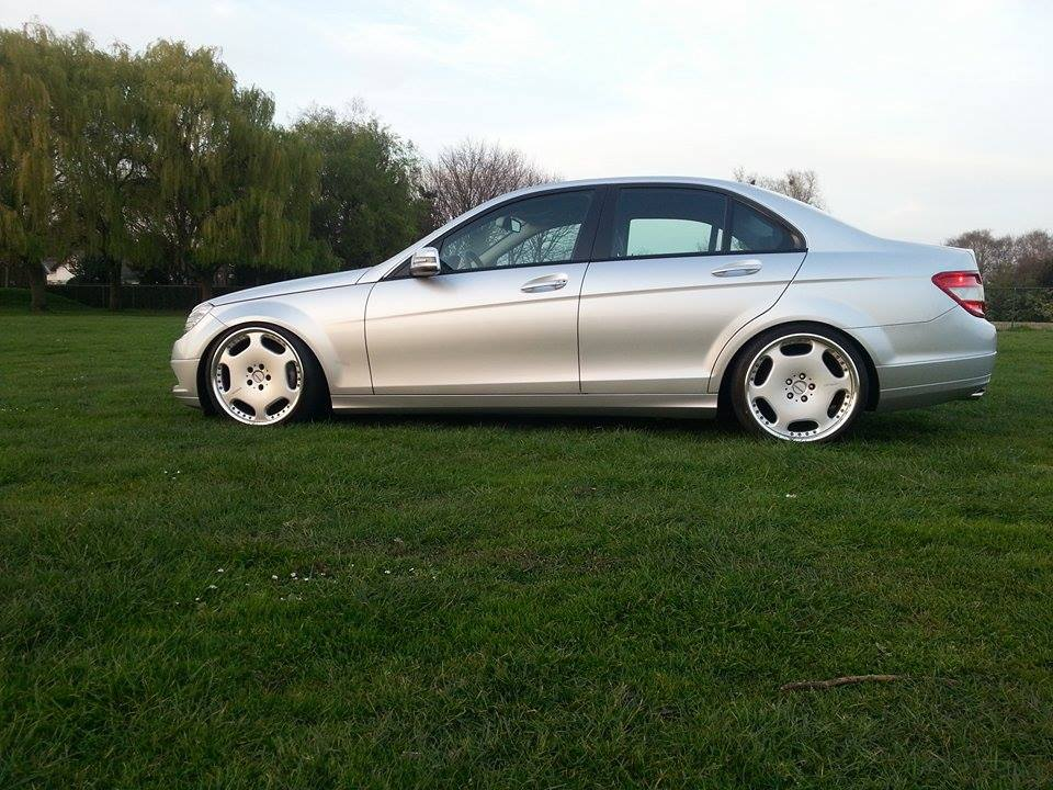 mercedes benz c class w204 on carlsson wheels benztuning. Black Bedroom Furniture Sets. Home Design Ideas
