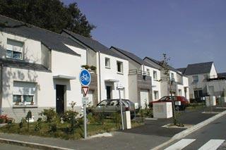 Faut il louer ou vendre les logements sociaux swl for Acheter une maison en belgique
