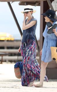 Anne Hathaway, Princess Diaries, Anne Hathaway bikini pic, Miami, Miami Beach, Miami luxury Hotels, Travel to Miami luxury hotel, Travel to Miami tour, Travel to Miami Beach