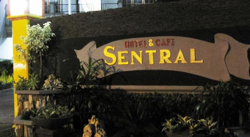 Hotel Murah di Kediri - Sentral Hotel & Cafe