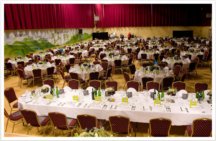 Catering service restaurant in mississauga for Catering companies