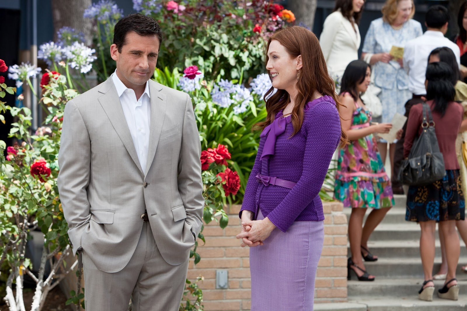 http://4.bp.blogspot.com/-A9f-c17KB3I/T9l3mhyC5lI/AAAAAAAABqI/Ee-kQPCu1h8/s1600/crazy-stupid-love-movie-image-steve-carell-julianne-moore-06.jpg