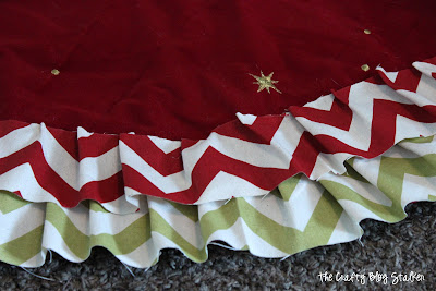 DIY Ruffle Tree Skirt