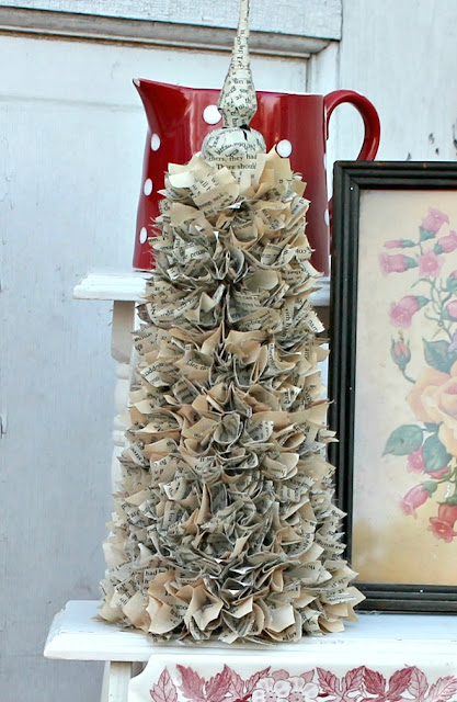 20 north ora vintage book page christmas tree for Christmas tree made from old books