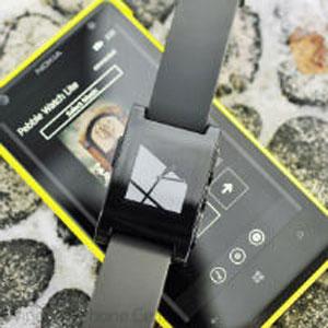 Microsoft Gandeng Pebble Untuk Tambah Dukungan di Windows Phone
