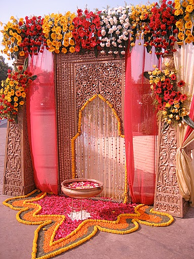 Wedding Planner: Indian wedding stage decorations and ...