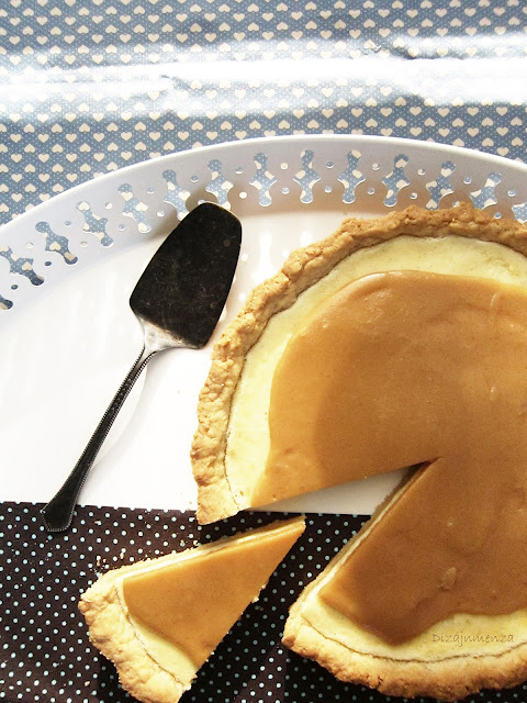 gasztroblog, Sós-karamelles krémsajtos torta, omlós tészta, földimogyoró, sós-karamell