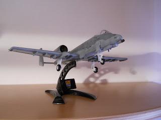 maqueta a escala 1:72 del A-10 Thunderbolt II