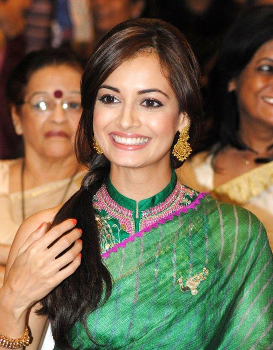 dia mirza in green saree hd latest photos