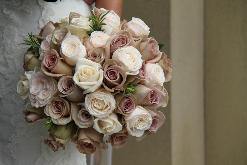 Gorgeous wedding bouquets jenny packham gowns at one for Antique rose wedding dress