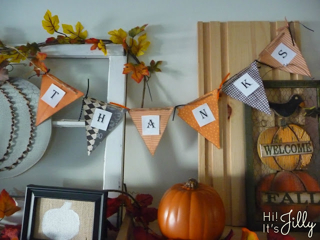 The Halloween to Thanksgiving Decor Switch-A-Roo and FREE Thanksgiving Printable from Hi! It's Jilly