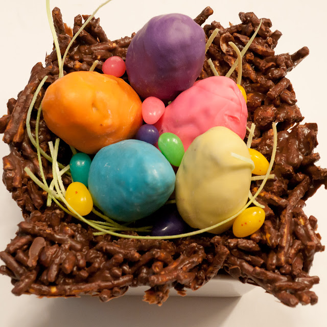Easter, chocolate, eggs, cake pops, dessert, holiday, butterscotch, Chinese, colour, cake, buttercream, icing