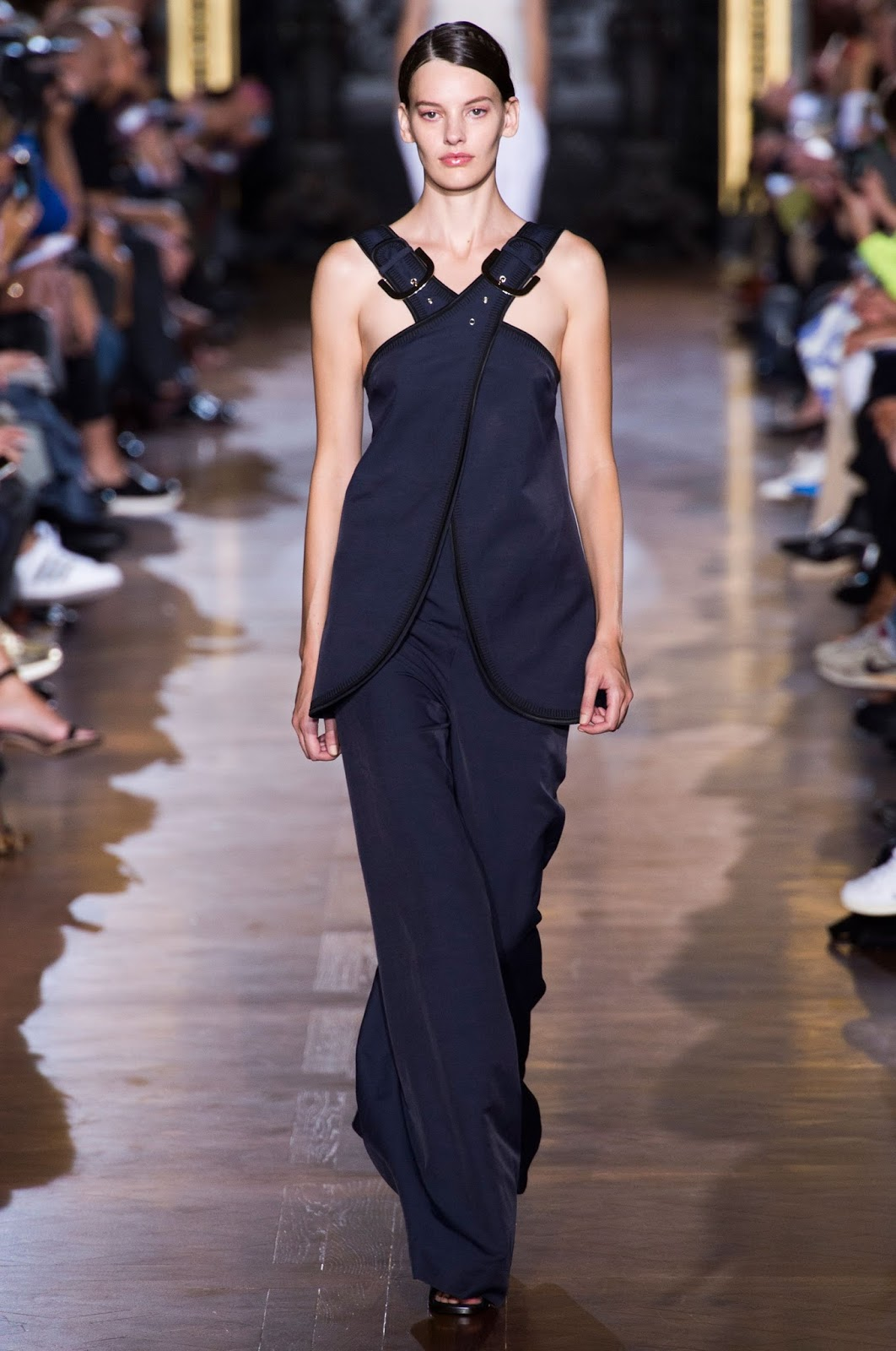 photo Stella McCartney SpringSummer 2015 Collection – Paris Fashion Week