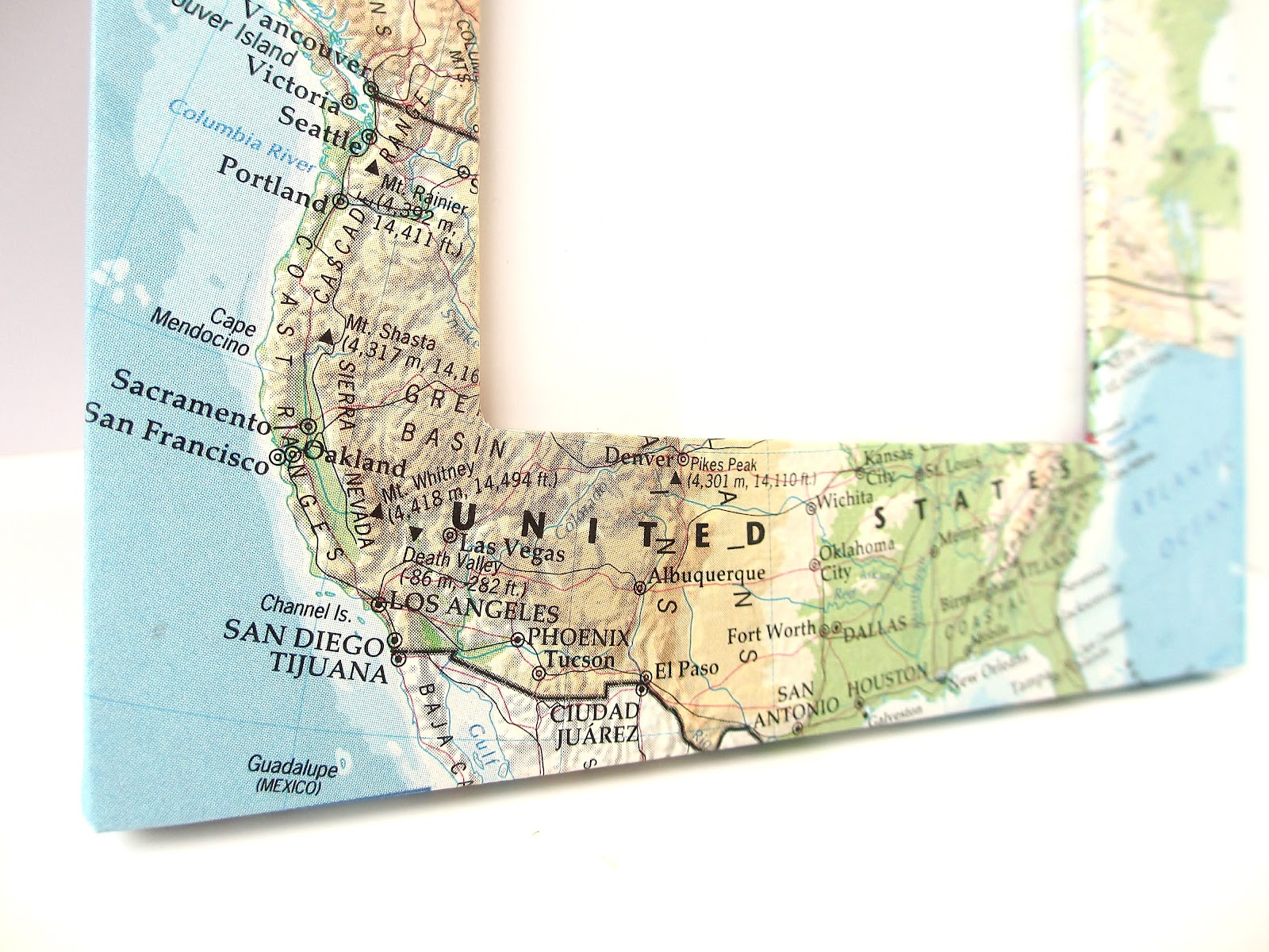 Amazoncom Framed US Map United States USA US Vintage Wall Map