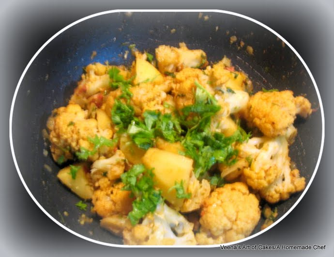 Aloo Gobi / Spiced Cauliflower And Potatoes Recipes — Dishmaps