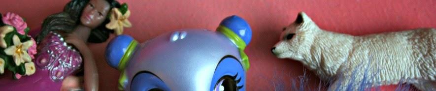 http://pralerier.blogspot.dk/2014/05/om-sma-plastikfigurer.html