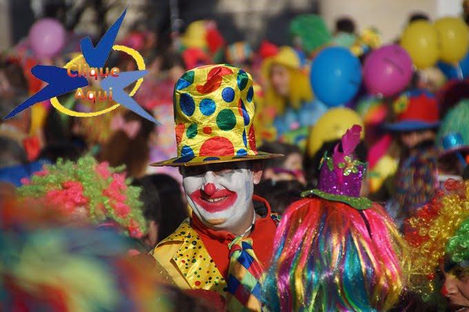 Desfile de palhaços no Carnaval de Sesimbra