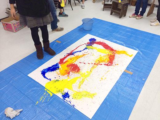 横浜美術学院の中学生教室 美術クラブ 絵の具課題「絵の具のシミから描写しよう!」2