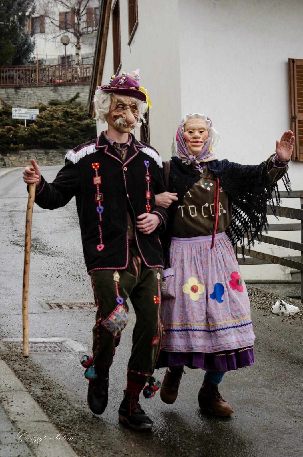 Faceschool  I Costumi Regionali Del Carnevale Italiano