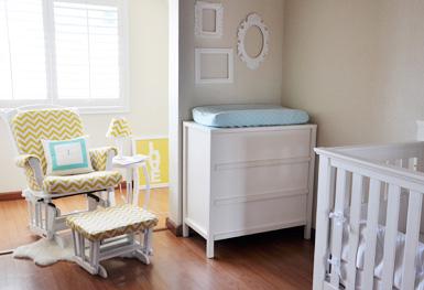 belle maison: Reader Room Design: Sweet Nursery for a Baby Girl