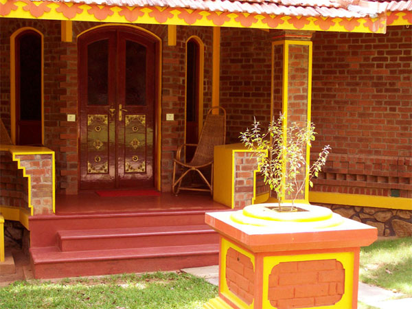 Brick houses in kerala joy studio design gallery best for Interlocking brick house plans