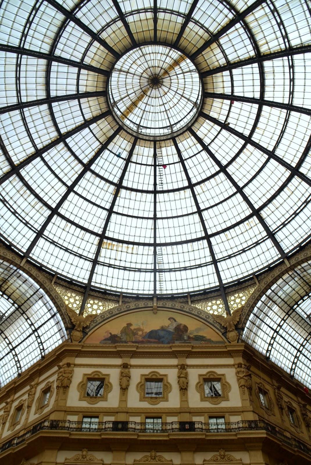 galleria-vittorio-emanuele-ceiling-milan-italy