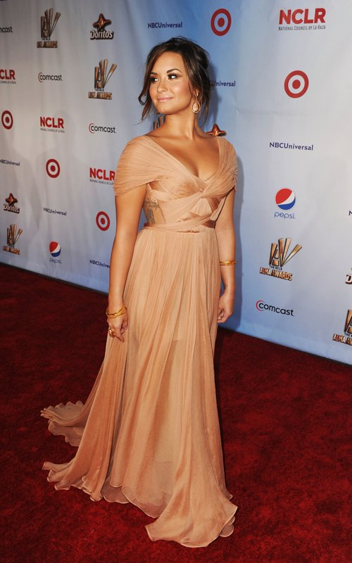 fashion beauty glamour demi lovato at nclr alma awards