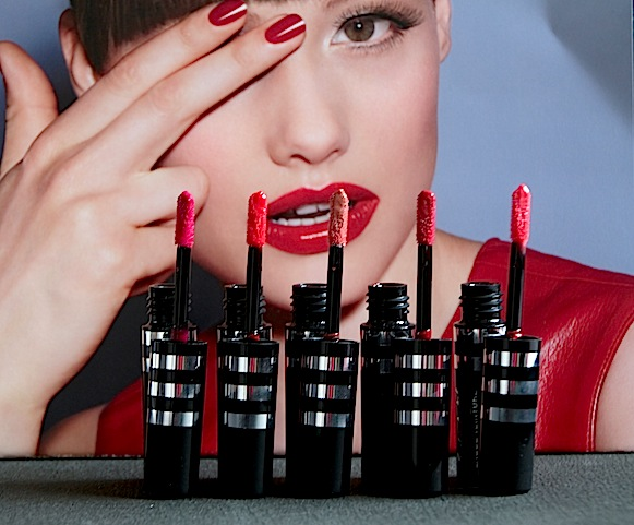 agnès b B. Perfect Laque Teinture Encre à Lèvres swatch avis test