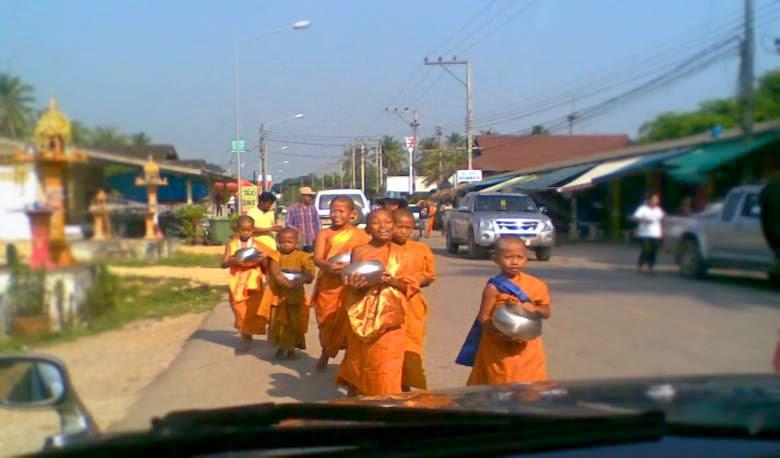 wee monks Ban-Krut
