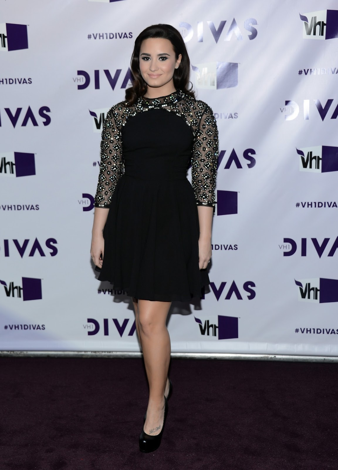 http://4.bp.blogspot.com/-ACLuHVPYILs/UPxHFG93MpI/AAAAAAAAPzg/R5jin0BriZg/s1600/Demi+Lovato+%2837%29.JPG