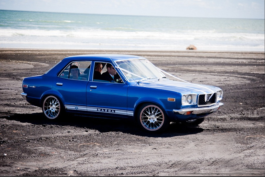 Mazda Savanna RX-3, stary japoński sportowy samochód, klasyk, oldschool, JDM, zdjęcia, 日本車, スポーツカー, クラシックカー, マツダ