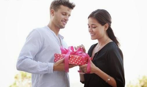 Как научиться получать подарки от мужчин 49