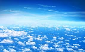 un cer albastru