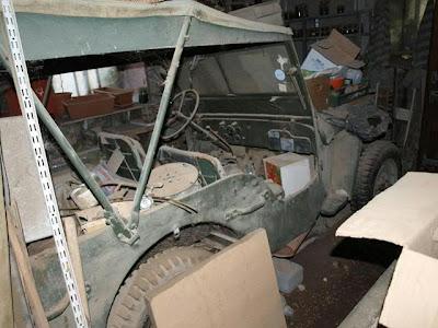 souvenez vous 44 jeep willys aux encheres en savoie le. Black Bedroom Furniture Sets. Home Design Ideas